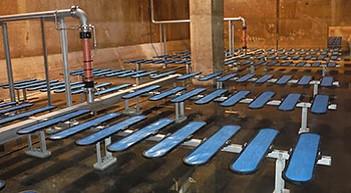 低圧損型メンブレンパネル式散気装置